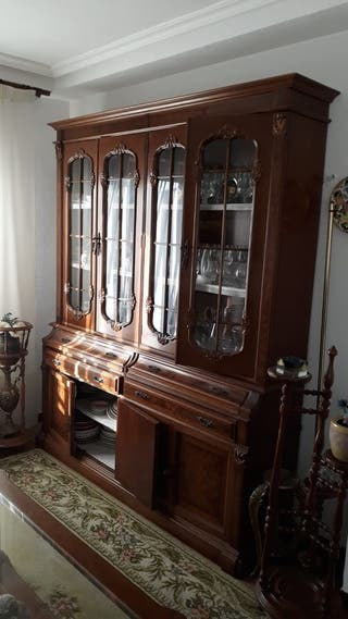 Mueble vitrina aparador estilo clasico Mod. Gui Mi