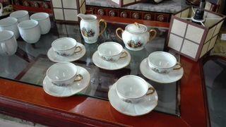 Juego de cafe de 5 servicios, porcelana Santa Clar