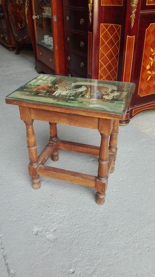Mesa pequeña antigua 40x27x43 cm, con cristal