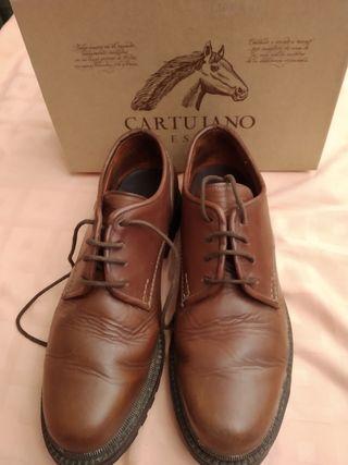 zapatos de piel 44