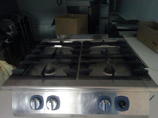 Cocina industrial electrolux 4 fogones