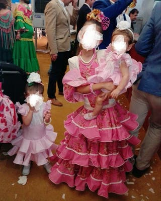 trajes flamenca tallas 38,10años y 0 años.