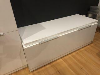 Mueble bajo de salon
