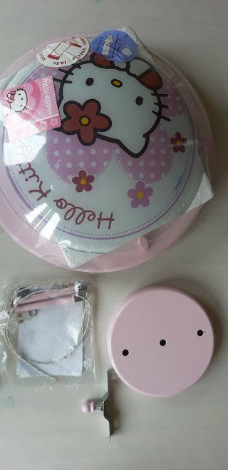 Plafón de iluminación de Hello Kitty.