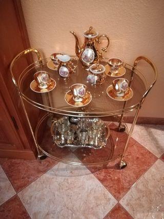 Mesa camarera.