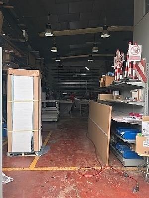 Nave industrial en venta en Barbera del Vallès