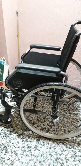 Sillas de ruedas ortop dicas de segunda mano en wallapop for Silla de ruedas de segunda