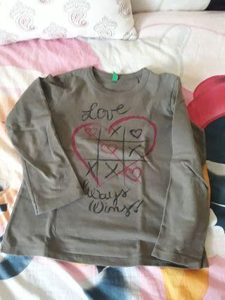 dd4ef10b1 Camisetas manga larga niña de segunda mano en Gavà en WALLAPOP