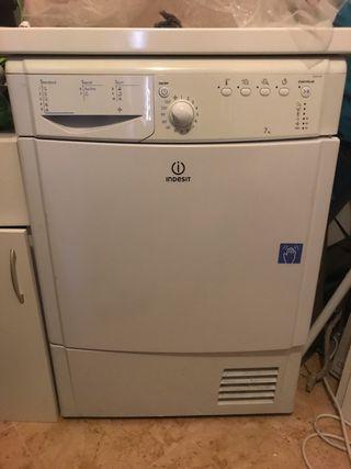 Secadora Indesit 7 kg