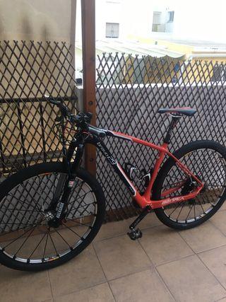 "Bici berria 29"" carbono"