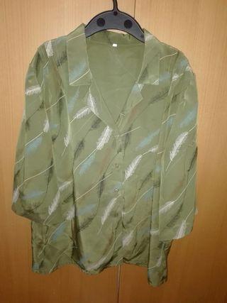 Blusa verde perfecto estado,talla 50