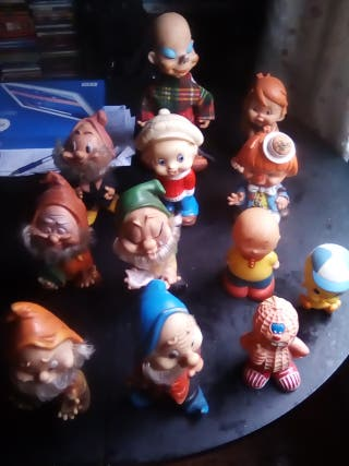 Lote 12 muñecos años 80