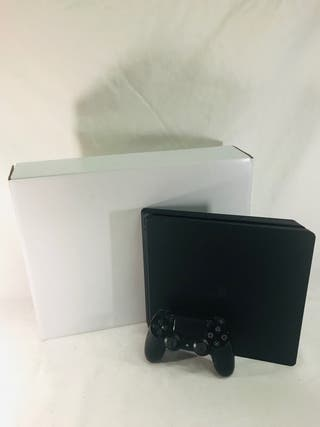 SONY PS4 SLIM.