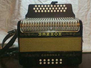 Acordeón Hohner Corona II - G/C/F