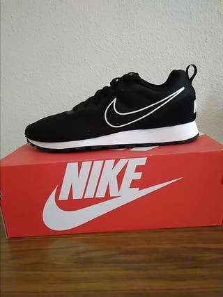 Talla 45,5. Zapatillas de hombre Nike, nuevas.