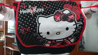 Mochila bandolera y cartera-monedero Hello Kitty
