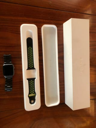 Apple watch serie 7000 nike edition