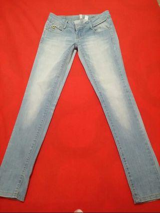 MANGO Jeans t34