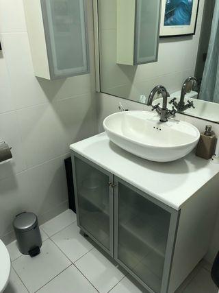 Mueble baño/encimera/lavamanos/grifo/armario pared