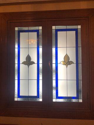 ventana con vidriera