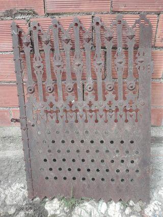 Puerta Hierro Antigua