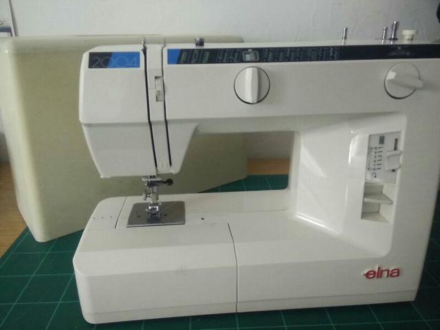 Máquina de coser Elna 2004