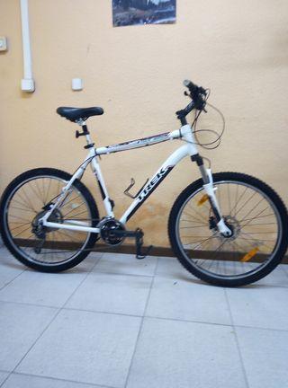 Bicicleta TREK de 26'