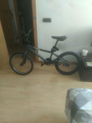 bicicleta tipo monty