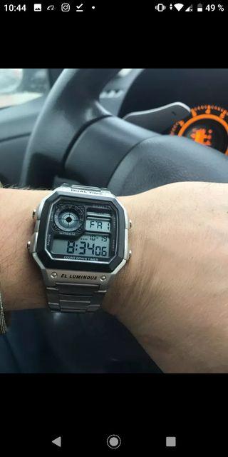 8323ef7a1a50 Reloj digital hombre de segunda mano en WALLAPOP