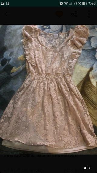 24bffc5187 Vestido Zara de segunda mano en Torrevieja en WALLAPOP