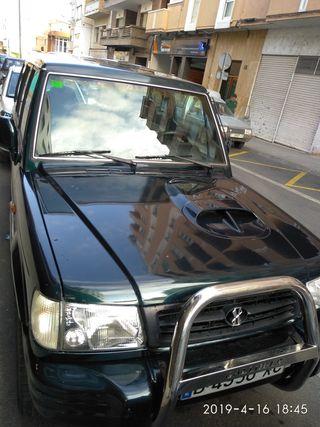 Hyundai galloper exced 2001