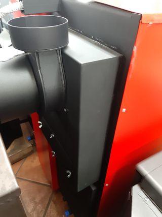 Caldera Policombustible de 25 kw. para Radiadores