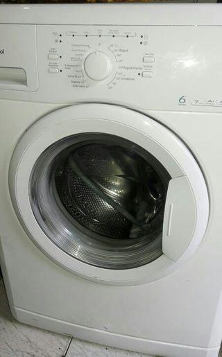 lavadora whirpool en perfecto estado.