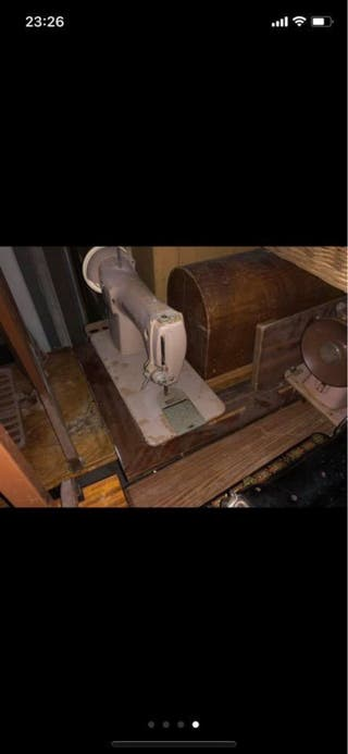 Máquinas de coser antiguas para piezas o restaurar