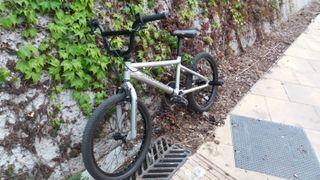 Bicicleta BMX DIAMOND BLACK