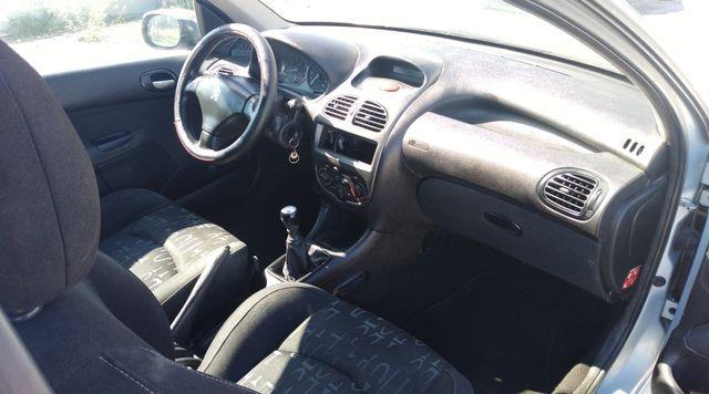 coche barato Peugeot 206