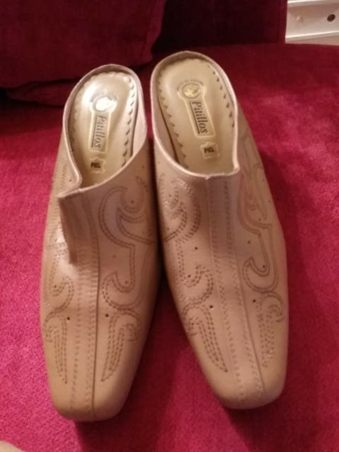 busca lo mejor mirada detallada amplia gama Zapato piel. zuecos pitillos de segunda mano por 14 € en ...