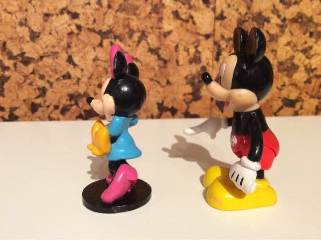 Figura Minnie con bebe Disney Applause