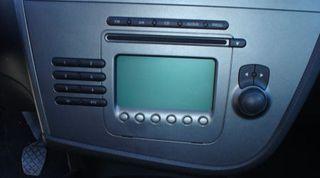 radio original seat leon 2