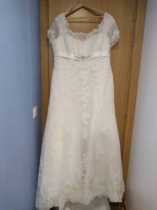 Vestido de novia PRONOVIAS talla grande.