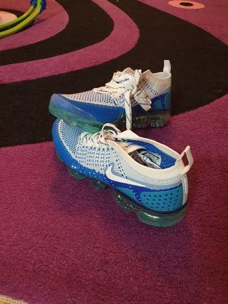 e05c96650ae2 Zapatillas Nike Vapormax de segunda mano en WALLAPOP