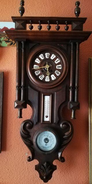 Reloj Gustav Bequer funcionando