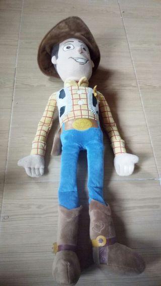 Muñeco grande de Toy Story.