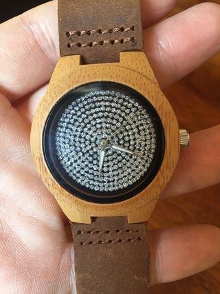 303f0c377454 Reloj de pulsera sin pilas de segunda mano en Barcelona en WALLAPOP
