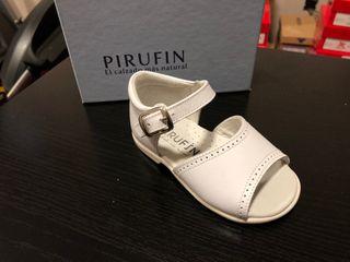 Sandalia Pirufin piel blanca