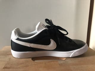 Zapatilla Nike estilo bamba