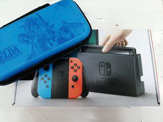 Videoconsola Nintendo Switch + Funda Zelda.