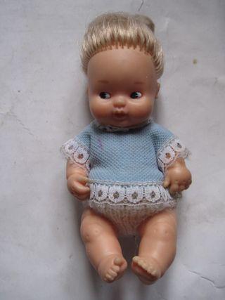 muñeca barriguitas rubita camisita azul 97 famosa