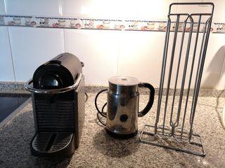 Cafetera Nespresso y Aeroccino