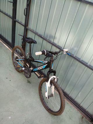 Bicicleta montaña 20 pulgadas.